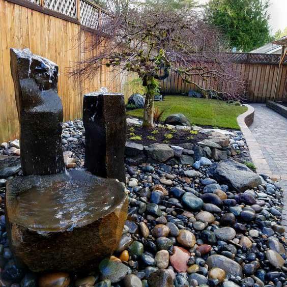 Водный фонтан сада камней