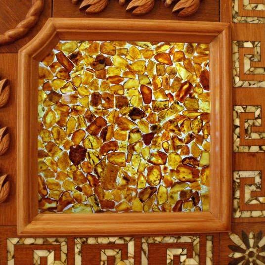 Отделка стен янтарем - янтарная плитка Amber Tile