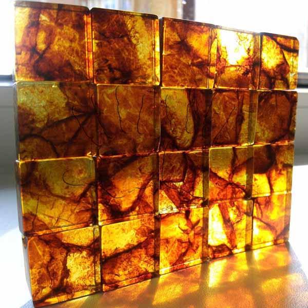 Янтарная плитка на солнце - AmberTile